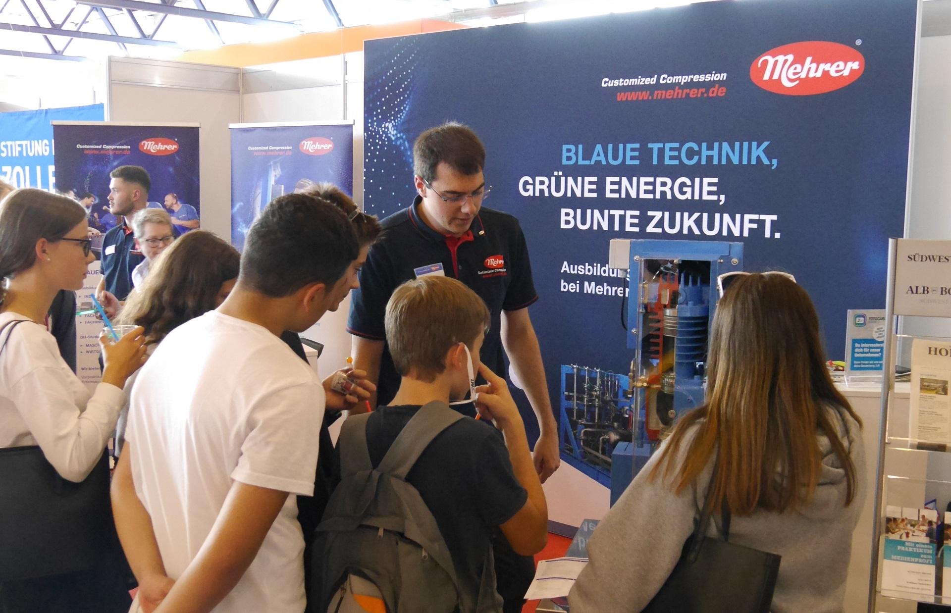Mehrer Apprentice набирает студентов на образовательной ярмарке Visionen