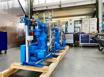 Pre-chamber compressor from Mehrer set up in the production hall