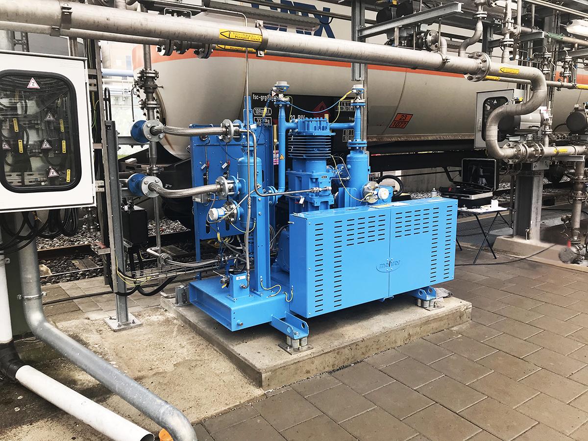 Compresor de GLP configurado en la aplicación para transferencia de gas a partir de gas licuado