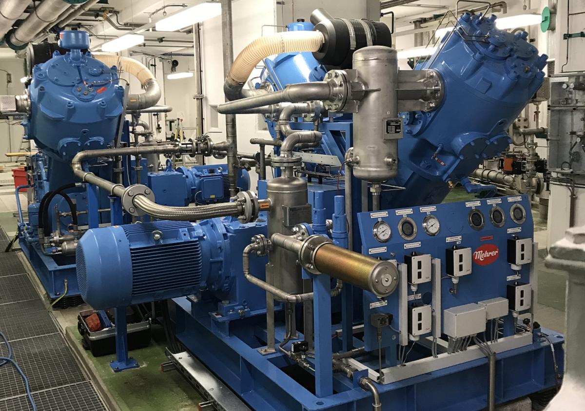 Uso del Mehrer Compresor de pistón en la central hidroeléctrica